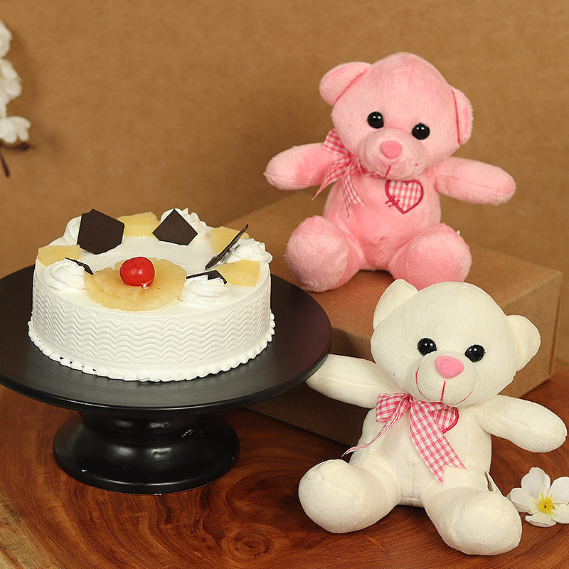 Duo Teddy Mango Ready - Two 6 Inch Teddies with 500gm Pineapple Cake