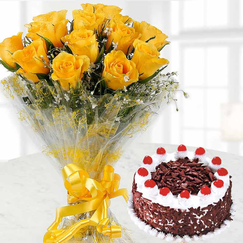 10 Yellow Roses and Half Kg Black Forest Cake