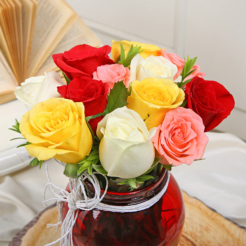 Send Mixed Roses in a Vase