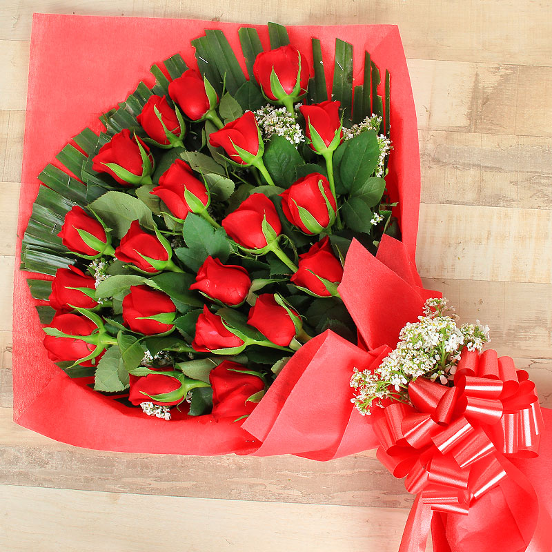 20 Red Roses Bunch with Zoomed View