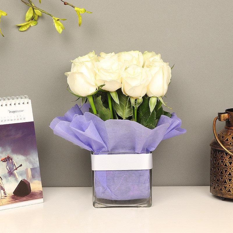 Order White Roses Online in Glass Vase