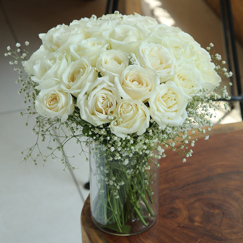 White Rose Bouquet Online in India