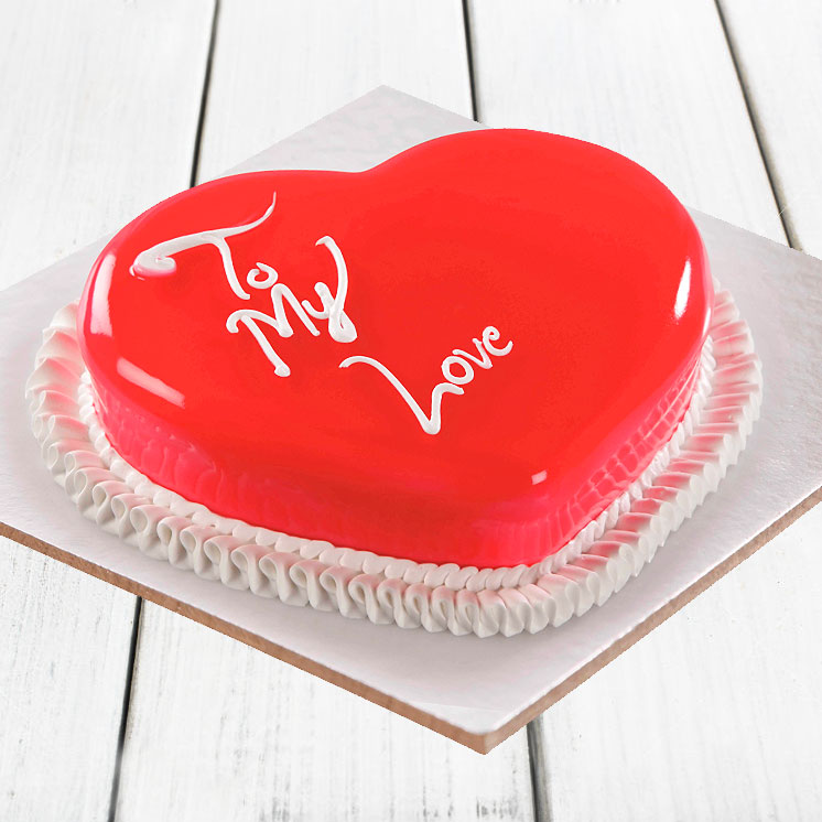 Scrumptious Heart Shape Anniversary Cake