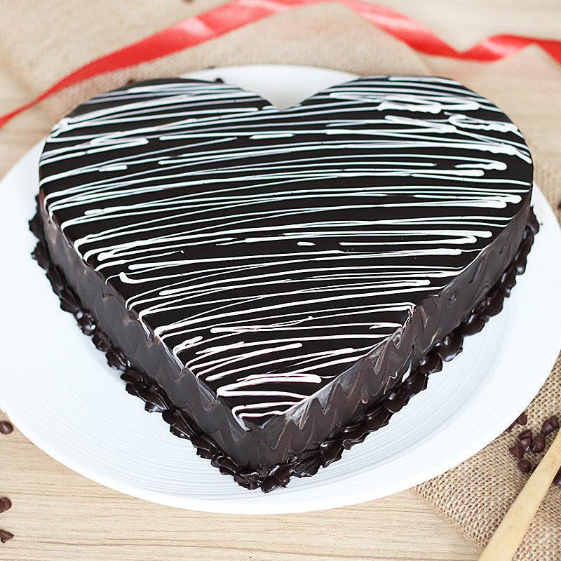 Heartshape Choco Cake