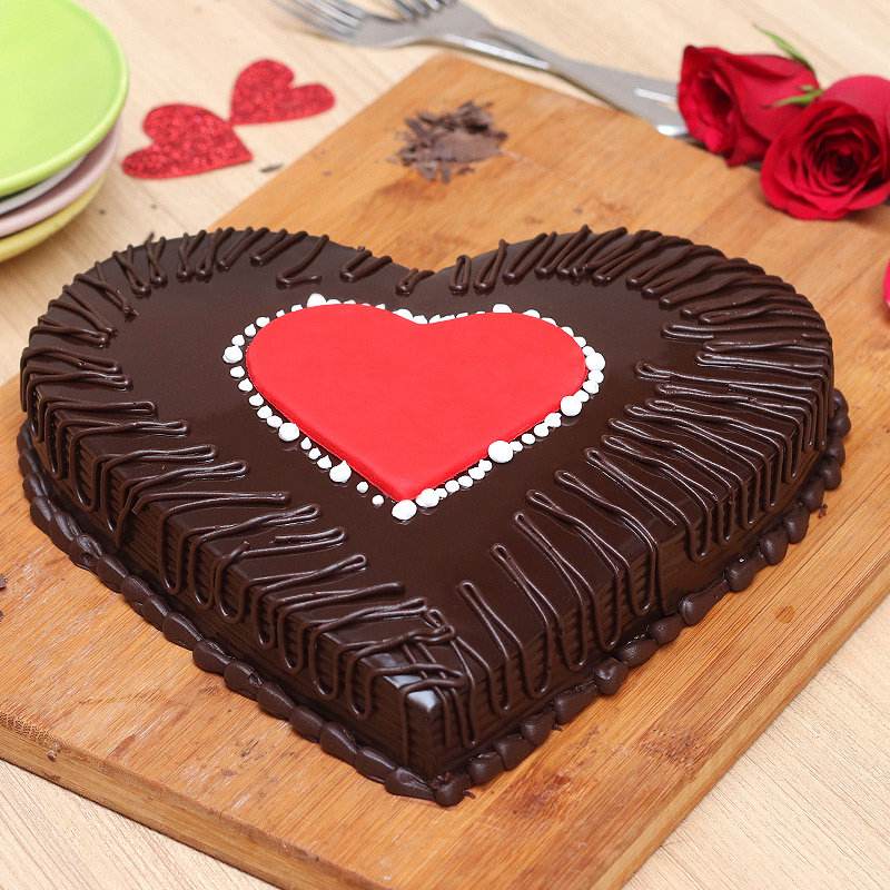 Front view of Chocolate Truffle Love Cake