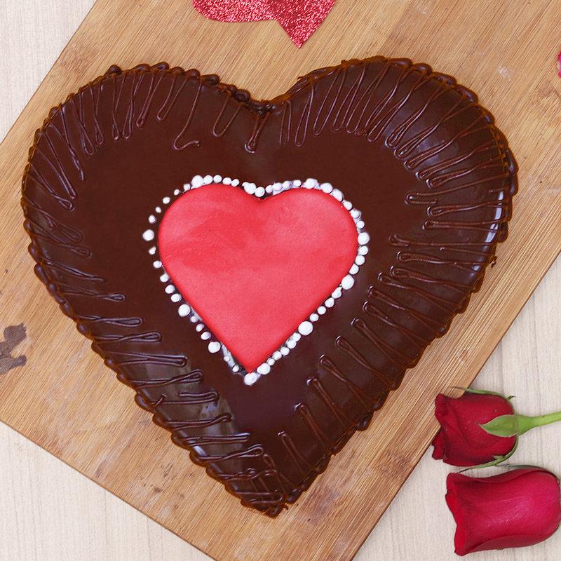 Top view of Chocolate Truffle Love Cake