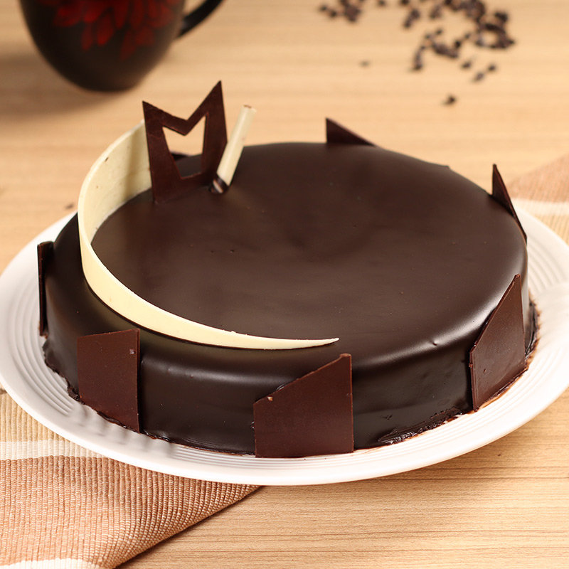 Tempting Truffle - A Half Kg Chocolate Cake