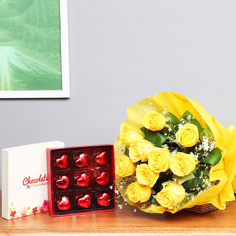 Combo of Yellow Roses Bunch and Chocolates