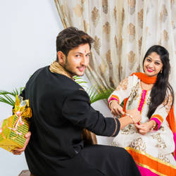 Send Rakhi to Brother in Germany