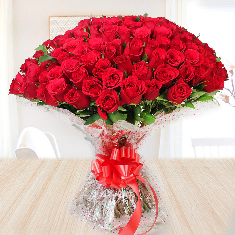 Bunch of 50 red roses - Second gift of Buttercream Fiesta