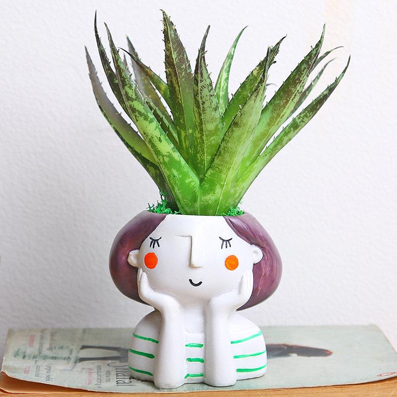 Chill Green Girl Vase