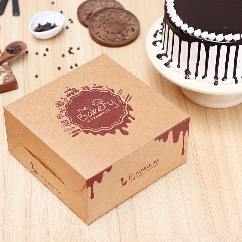 Choco Dripping Snowy Cake in a Box