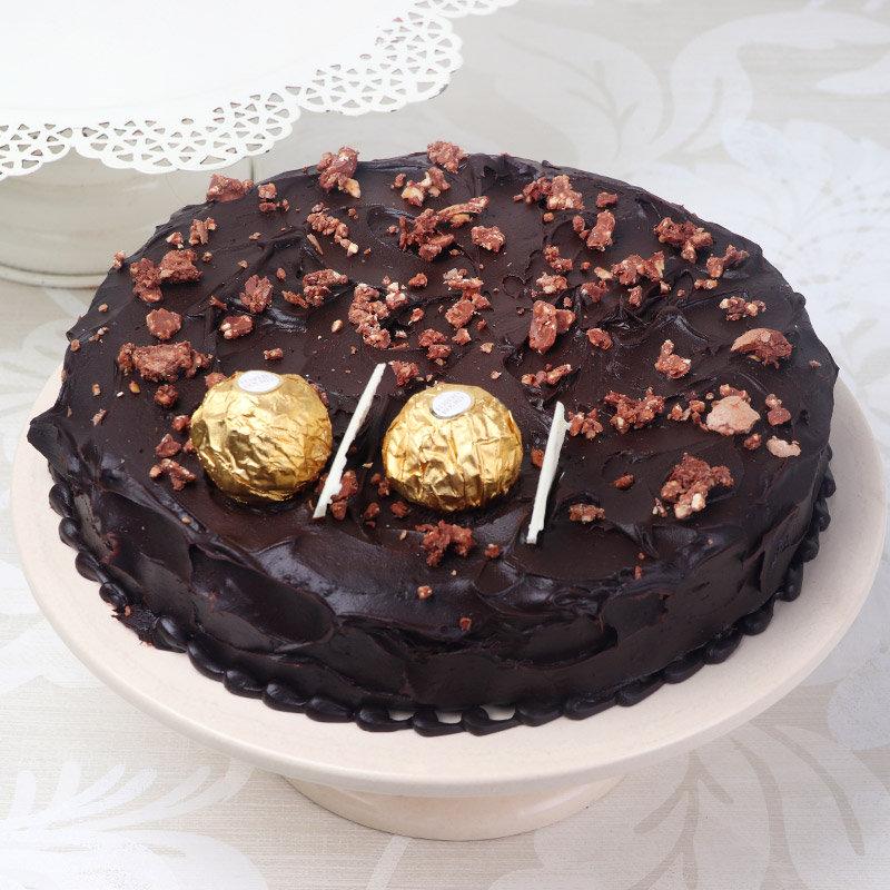 Choco Ferrero Rocher Cake