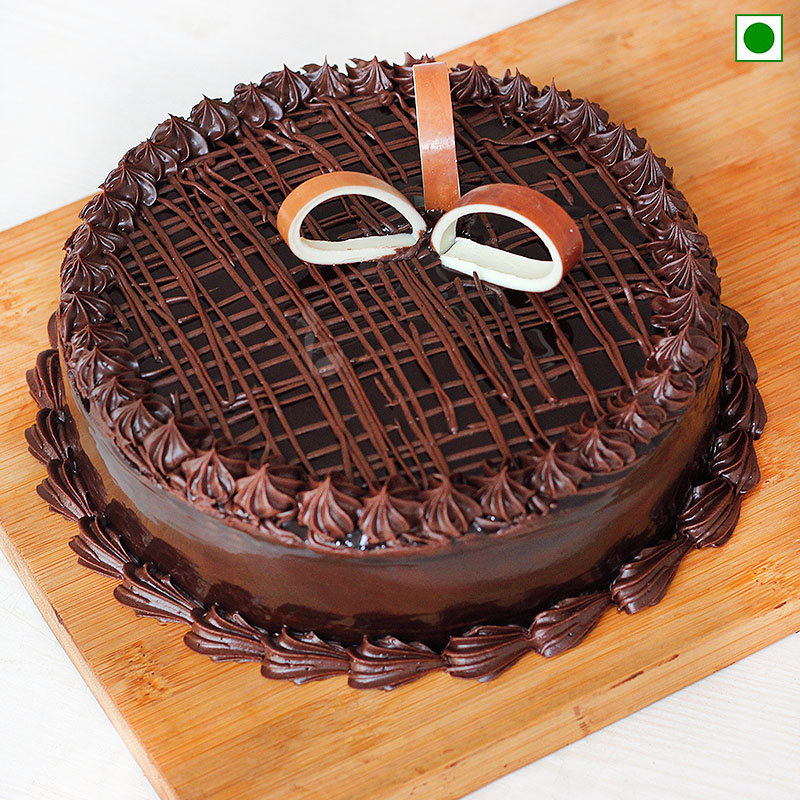 Online Eggless Chocolate Truffle Cake