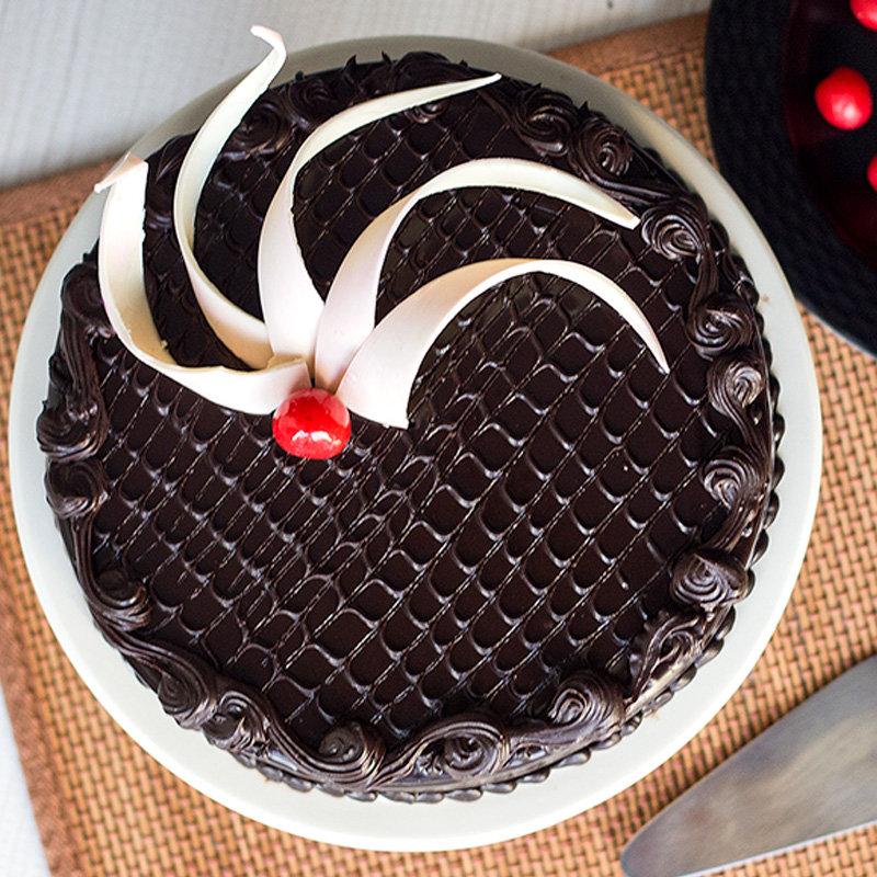 chocolate cake truffle affection