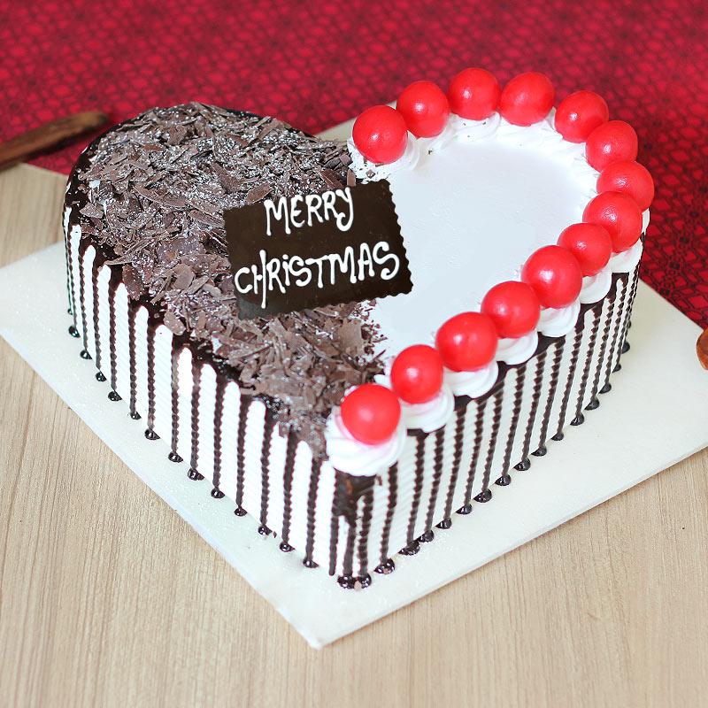 Heart Shape Christmas Cake