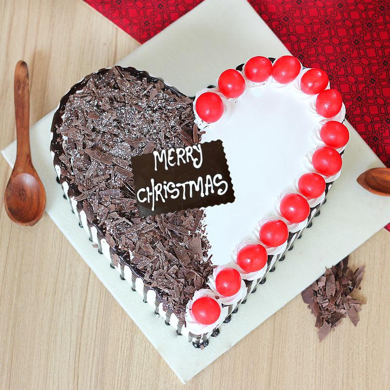 Christmas Heart Cake