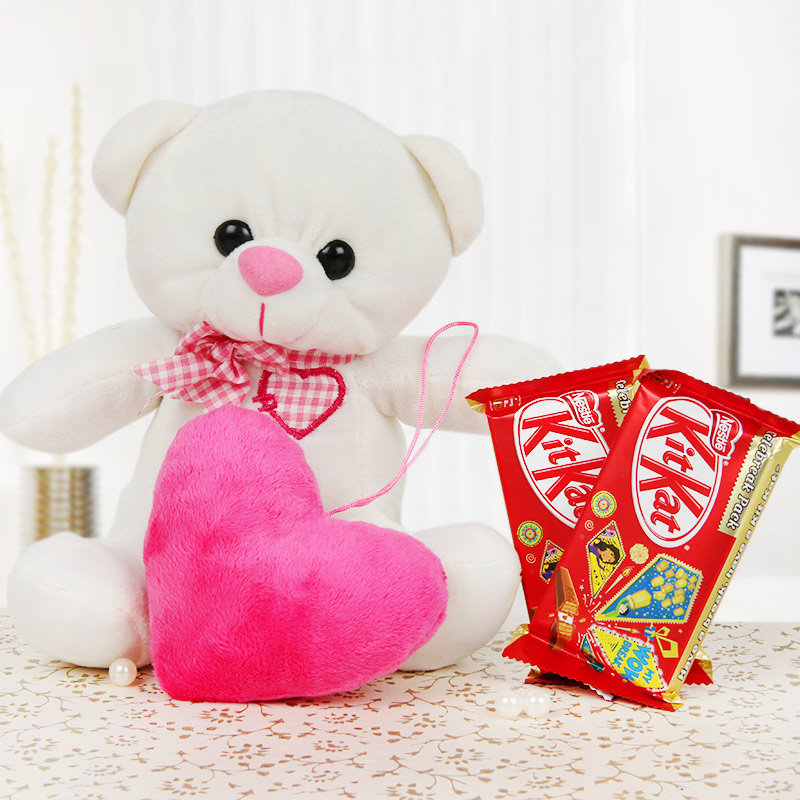 Teddy and Two Kitkats Along with Small Heart Combo