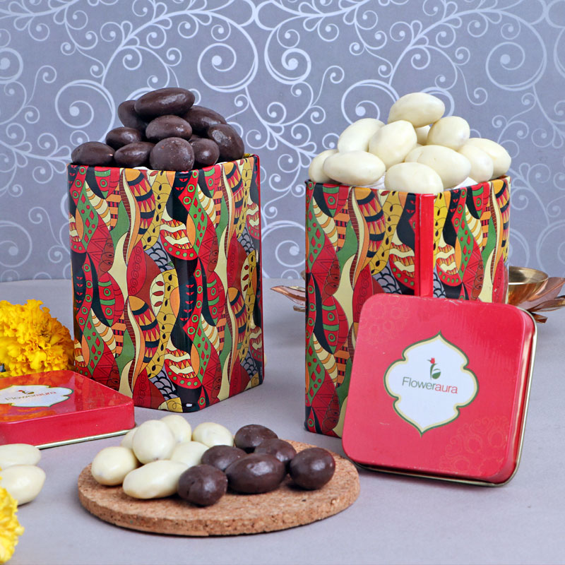 Crunchy Almonds with delciious sweets