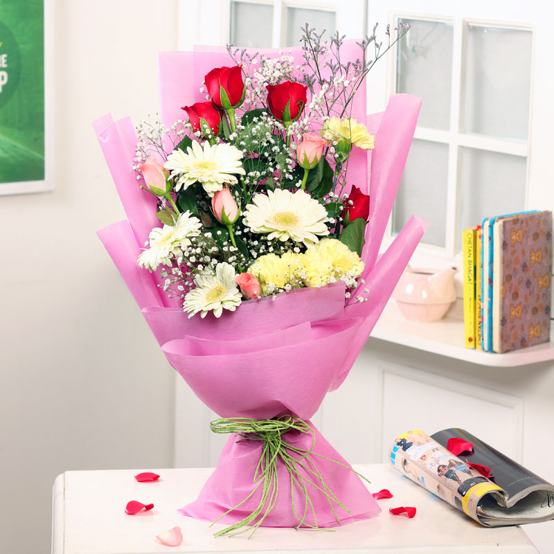 Carnation Rosey - 16 Mixed Flower Bouquet in Pink Packaging