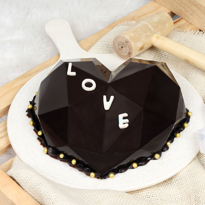 Diamond Heart Pinata Cake