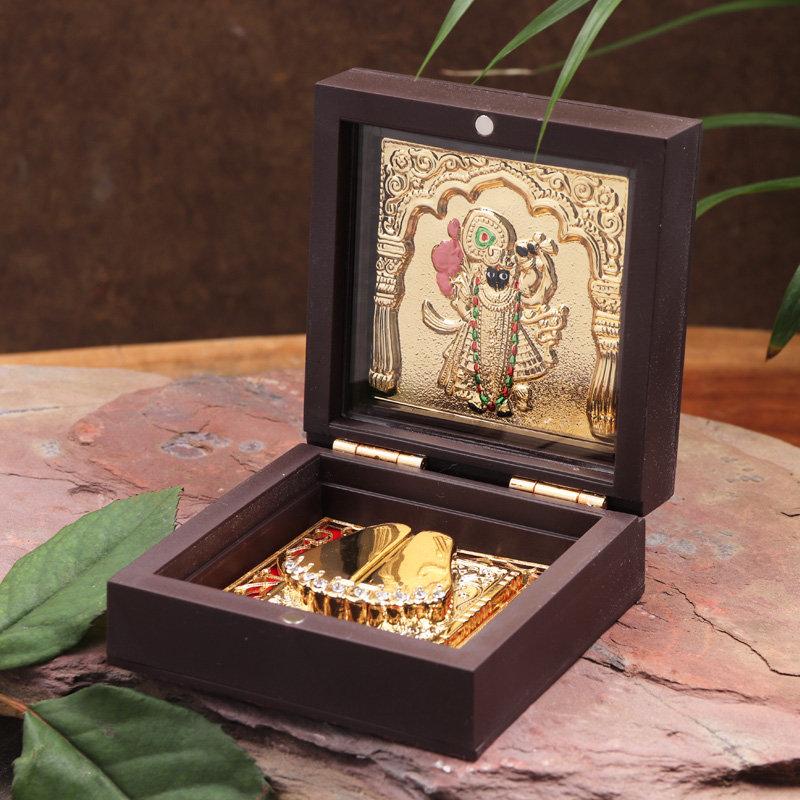 Divine Kanha Paduka Box