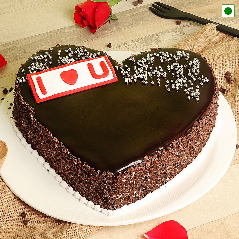 Heart Shaped Eggless Chocolate Cake