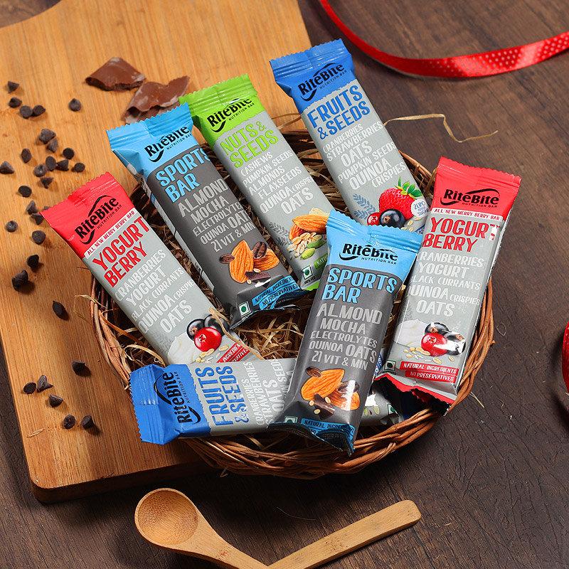 Energy Hamper - 2 Ritebite Yogurt Berries with 2 Ritebite Sports and 2 Ritebite Fruits and Seeds and 1 Ritebite Nuts and Seeds