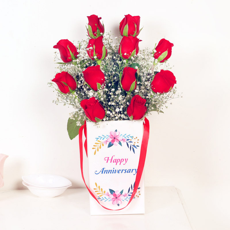 12 Red Roses Bunch for Anniversary
