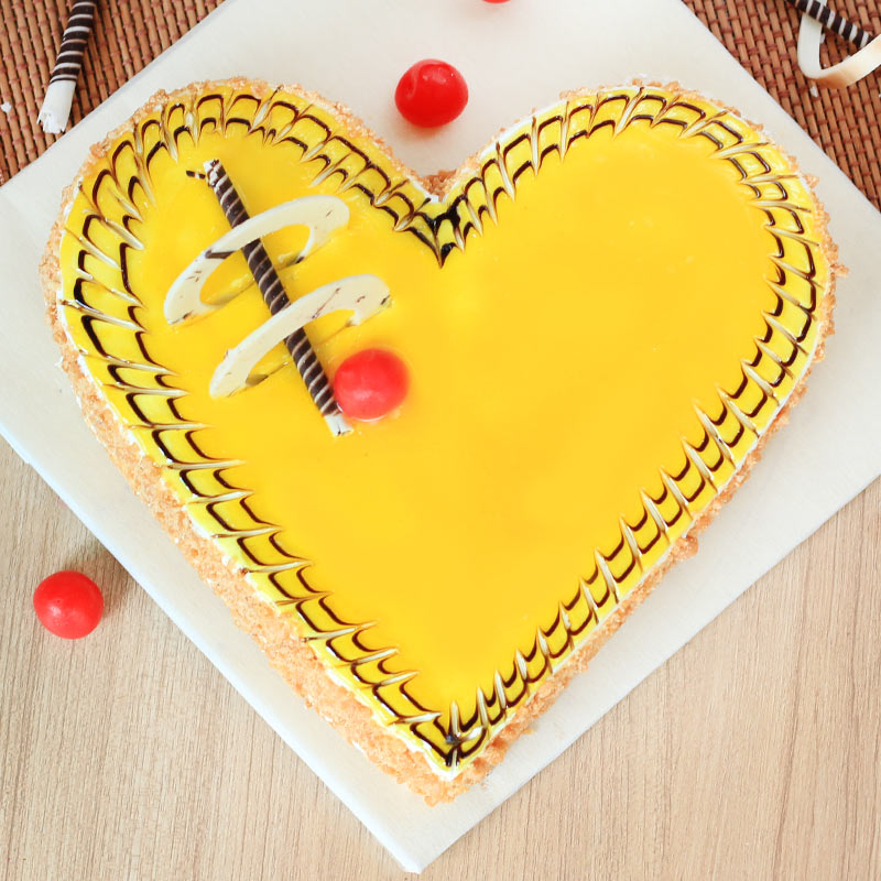 Flavorsome Love - Heart Shaped Butterscotch Cream Cake with Top View