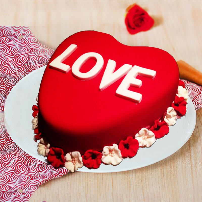 Heart Shaped Love Designer Cake