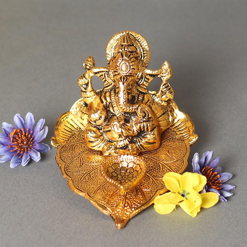 Ganesha Diya Decor - Metal