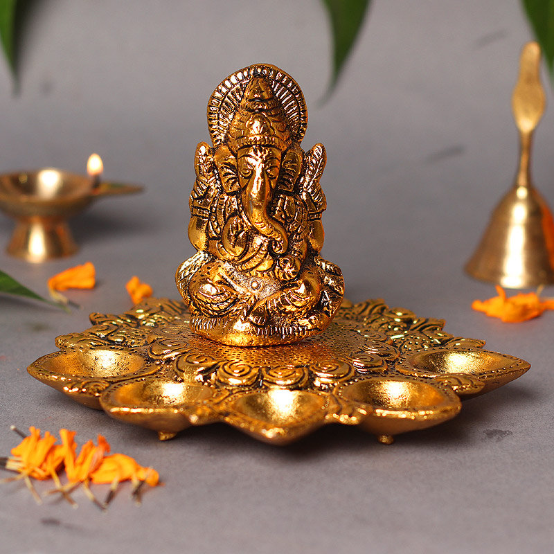 Metal Ganesha Idol With Diya