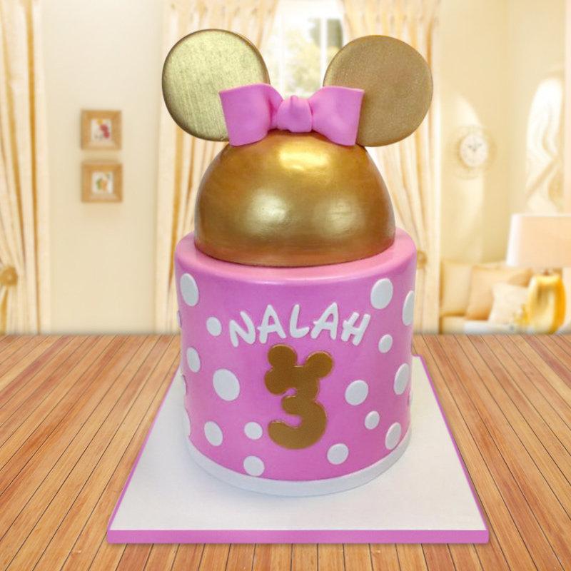 Golden minnie fondant cake for girls