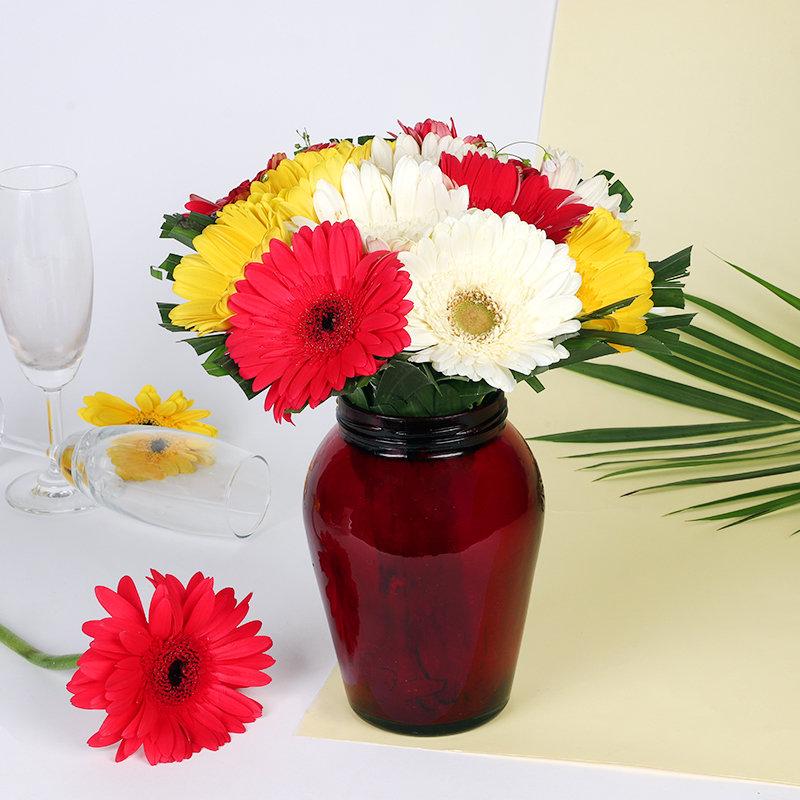 Gorgeous Gerbera Jar Vase