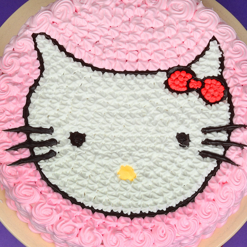 Zoom top view of Kitty Designer Cake