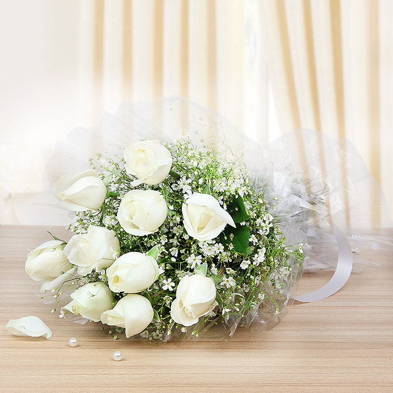 10 white roses - A gift of Perfect Celebrations