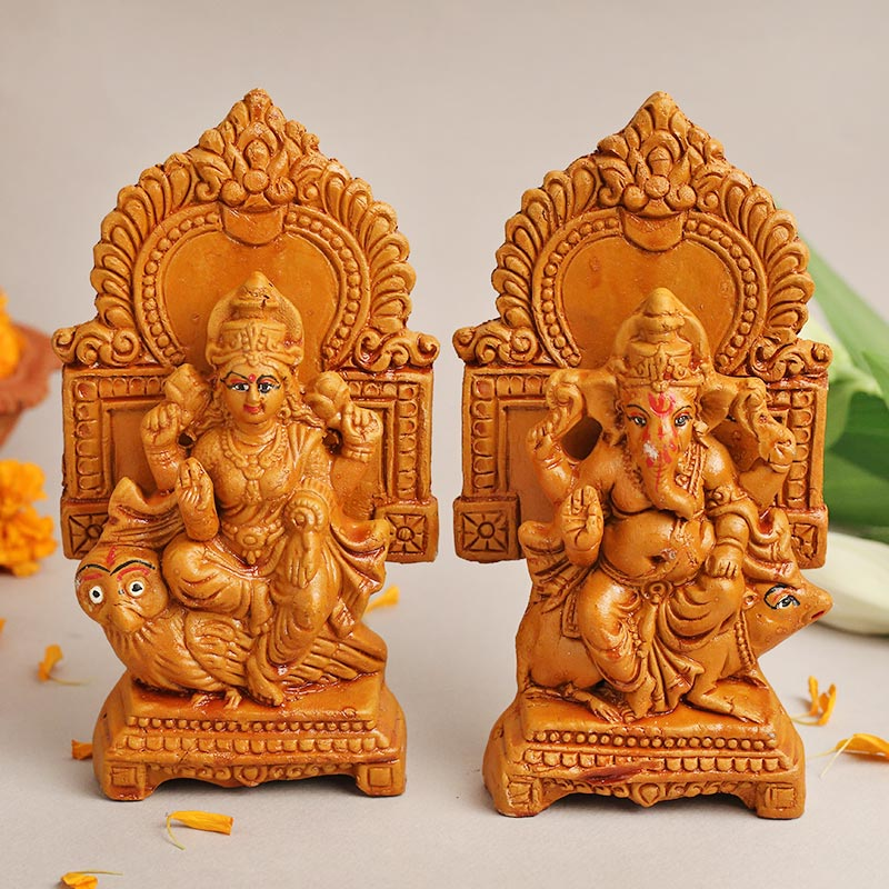 Intricate Lakshmi Ganesh Idols