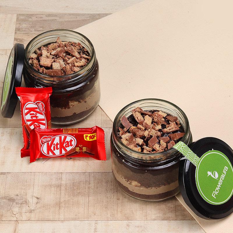 Pair of Kitkat Jar Cake