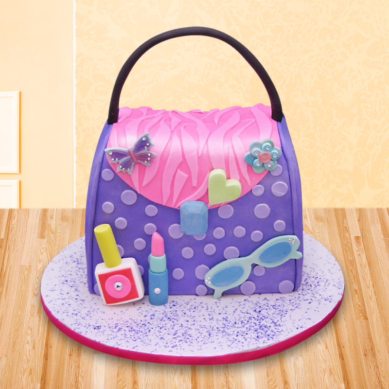 Purse fondant cake for girls