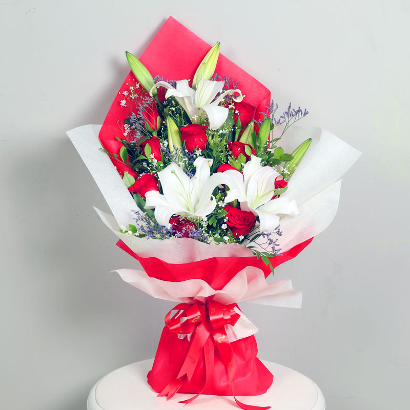 Bunch of Roses and Lilies