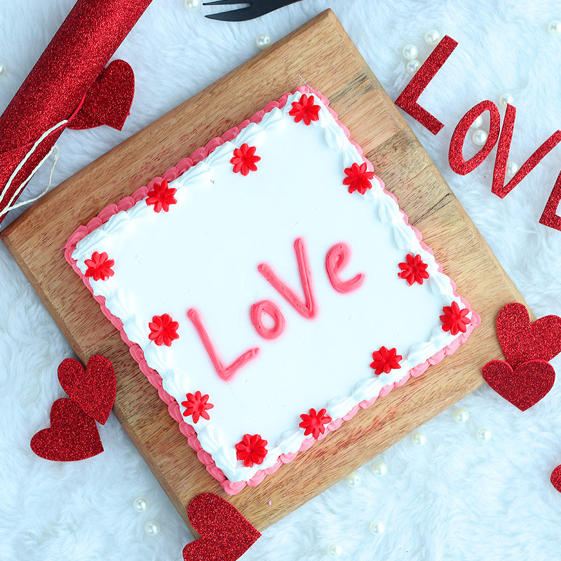 Top view of Love Cake for her