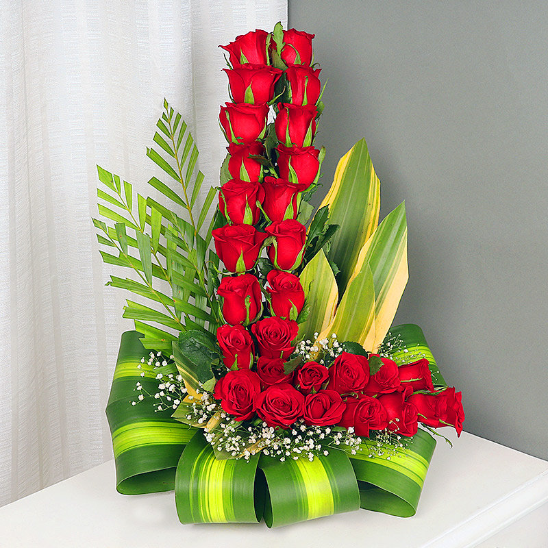 L Shape Arrangement of Fourty Red Roses