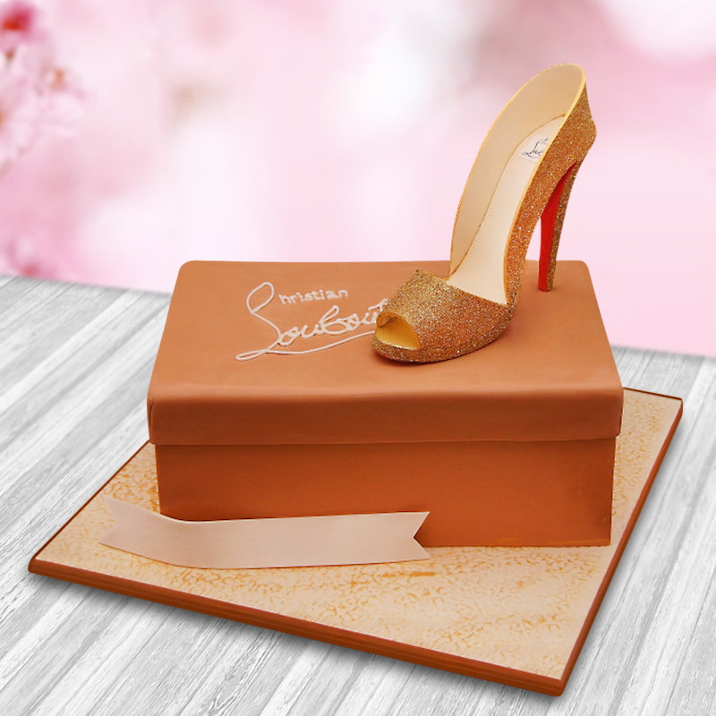 Mad Over Heels - A fondant sandal cake