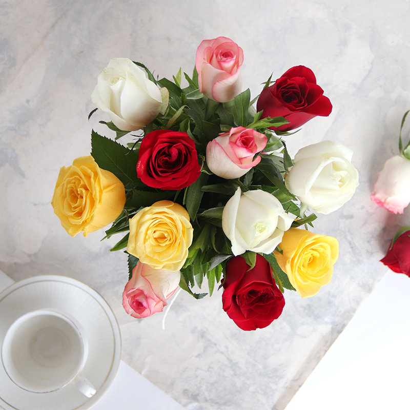 Order Mixed Roses in a Vase Zoom