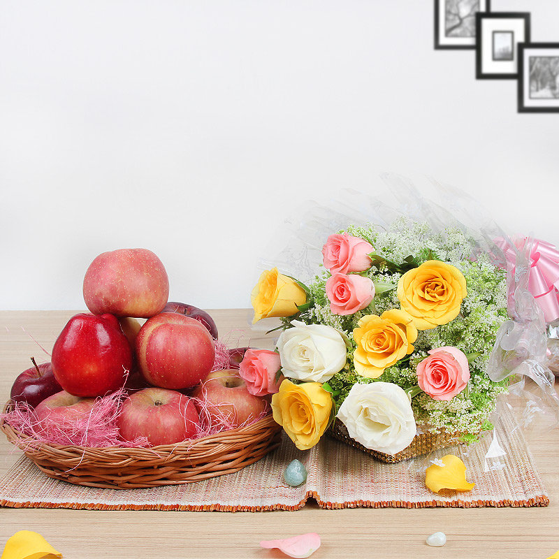 Felicitations - Combo gift of basket of Apples and Mixed Roses bouquet