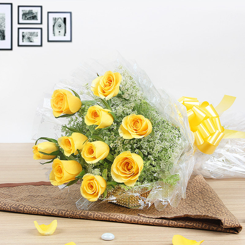 10 Yellow Roses Bunch - A gift of Mothers Day Abundance