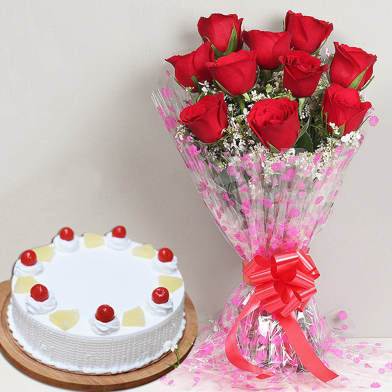 Passionate Pineapple - Bunch of 10 Red Roses with 500gm Pineapple Cake