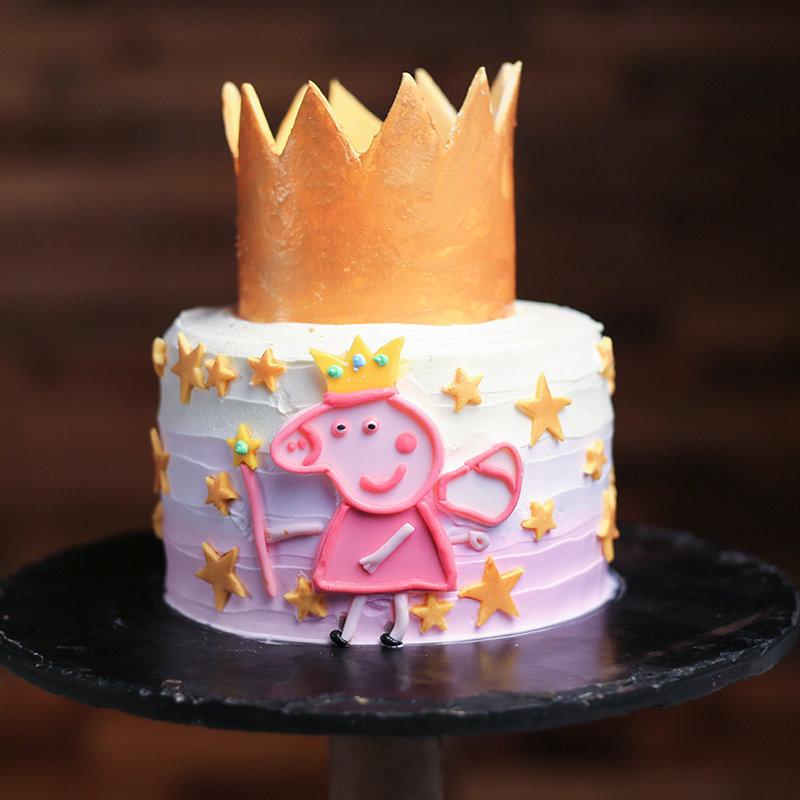 Peppa Pig Smashing Designer Cake