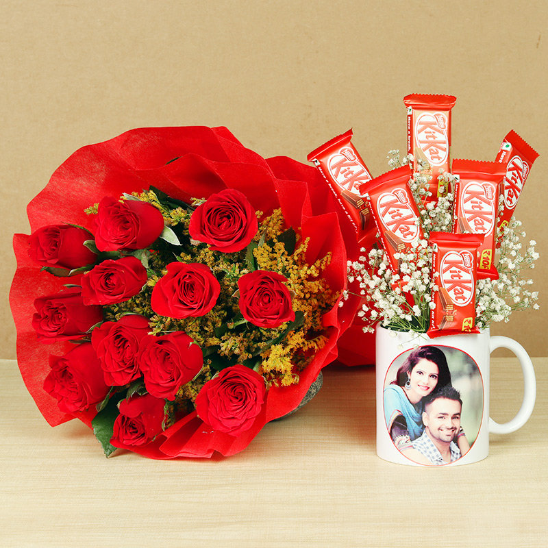 Personalised Mug With Kitkat and Roses